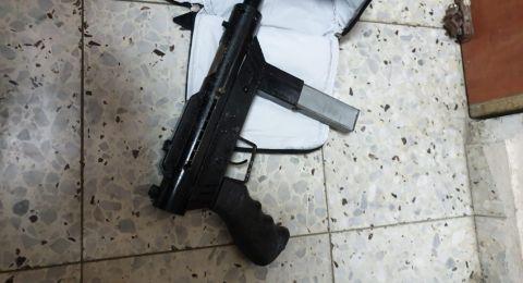ام الفحم: ضبط اسلحة واعتقال شابين