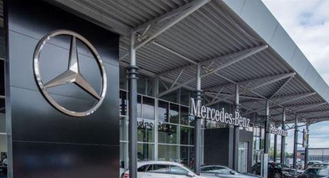 مرسيدس تستدعي مئات الآلاف من سياراتها.. لهذا السبب