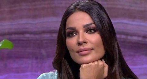 فيديو عفوي يجمع نادين نسيب نجيم وإبنها جيوفاني.. شاهدوا ماذا فعل الأخير