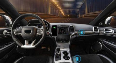 تقنية جديدة لشحن الهواتف لاسلكيا في أي مكان داخل السيارة