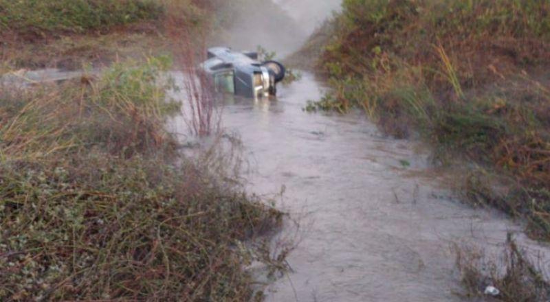 الشرطة تعلن عن العثور على جثة ومركبة علي منصور اغبارية الذي جرفته المياه يوم أمس