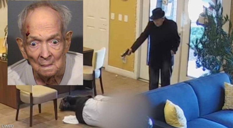 مسن عمره 93 عاما يطلق النار على رجل.. فيديو