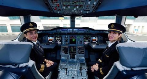 طاقم نسائي من طيران الإمارات يقود أكبر طائرة في العالم بين دبي وفيينا