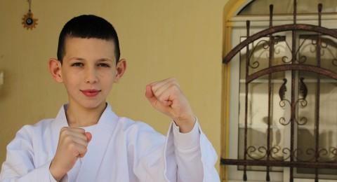 الطفل آدم سويد من البقيعة يفوز بالمرتبة الثانية في بطولة مالطا للكاراتيه