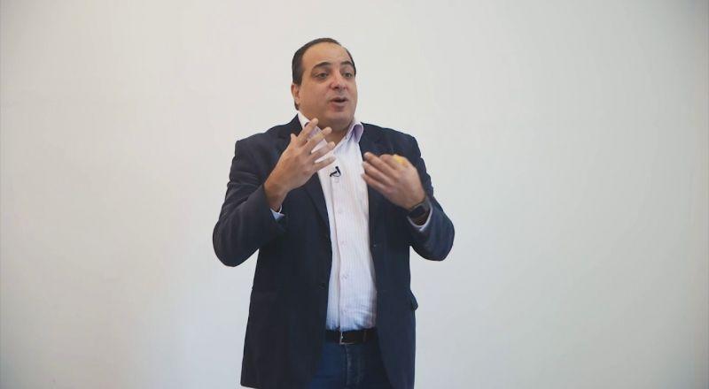 """د. محمود كيال يتحدث عن استراتيجيات الخروج من """"أزمة الكورونا"""""""