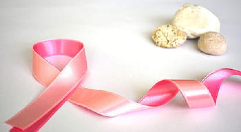هل تصابين بسرطان الثدي عندما تتوقفين عن ارتداء حمالة الصدر؟