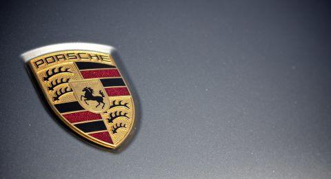 بورش تدفع 535 مليون يورو غرامة