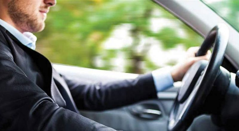 أخطاء شائعة في القيادة قد تضرّ بالسيارة