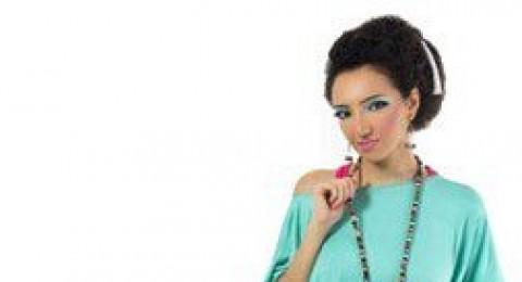 النقوش العربية والاسلامية تدخل الموضة هذا العام
