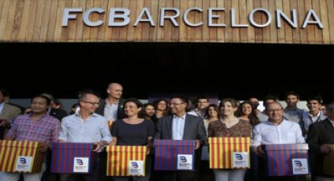 على غير المتوقع.. بارتوميو يكتسح لابورتا في انتخابات رئاسة برشلونة