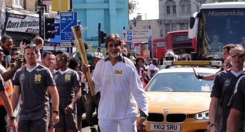 نجم السينما الهندية أميتاب باتشان يعلن إصابته بكورونا