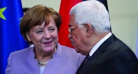 عباس يطلع ميركل على آخر المستجدات السياسية،