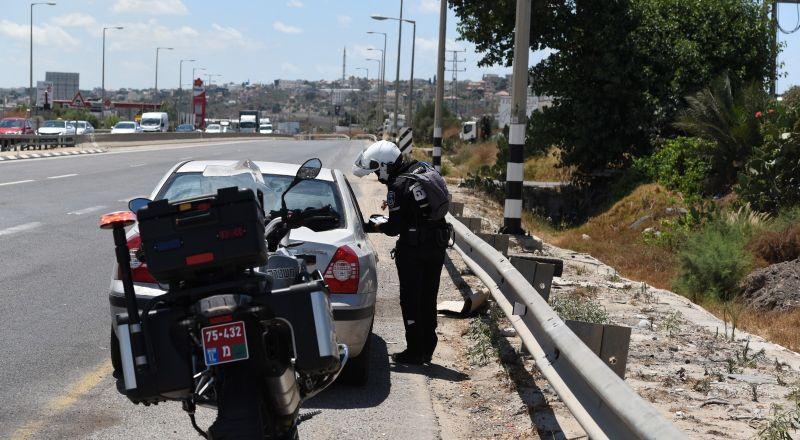 الشرطة تبدأ بحملة قطرية لضمان تطبيق الأنظمة الخاصة بكورونا