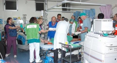 اصابة رجال اطفاء في أعقاب استنشاق مواد مضادة للحرائق
