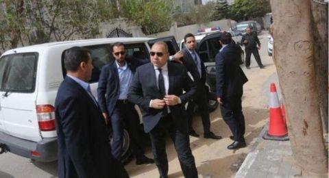 وفد مصري يزور غزة.. هل ينجح في احتواء الموقف المتفجر بين فتح و حماس؟