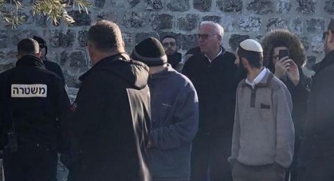 الوزير أوري أريئيل يقتحم المسجد الأقصى