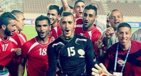 لاعبون من الداخل يمثلون المنتخب الفلسطيني في كأس آسيا