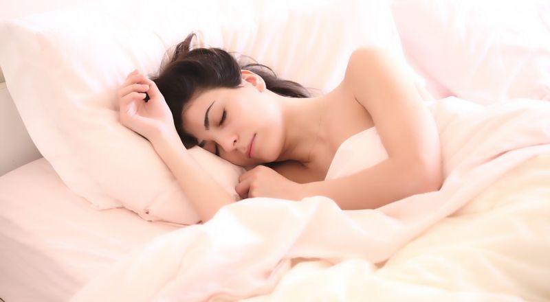 الشعور بالتعب عند الاستيقاظ قد يكون علامة على مرض خطير!