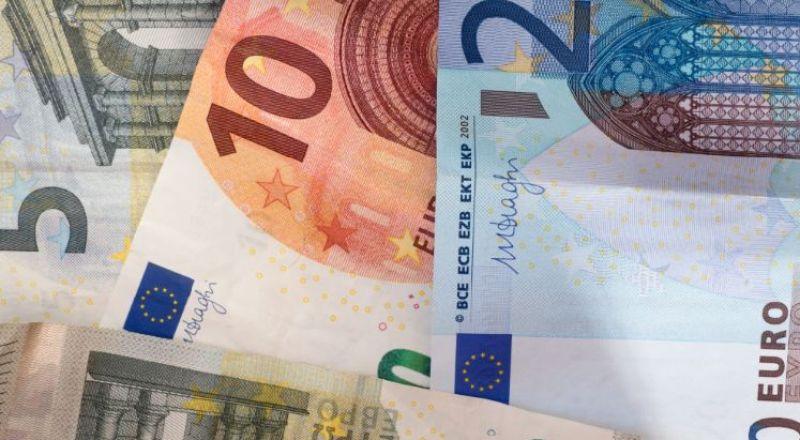 العملات تواصل الانخفاض مقابل الشيقل