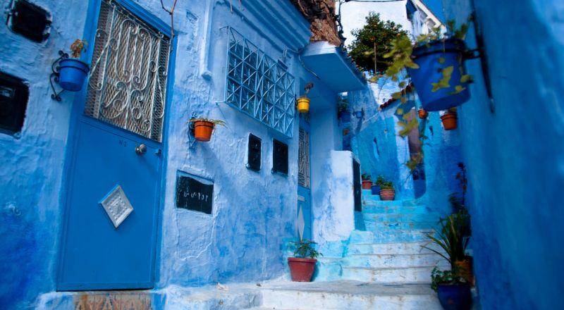 المغرب.. الحجاب يعيد جدل الحياة الخاصة لـ