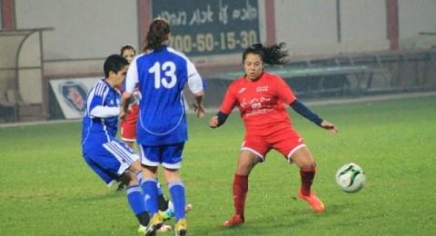 في يوم المرأة حنين ناصر تسجل وتقود فريقها للفوز