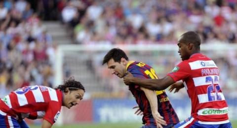 برشلونة يتلقى الهزيمة الثانية على التوالي بخسارته امام غرناطة