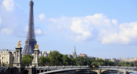 8 أمور يجب معرفتها قبل السفر إلى باريس