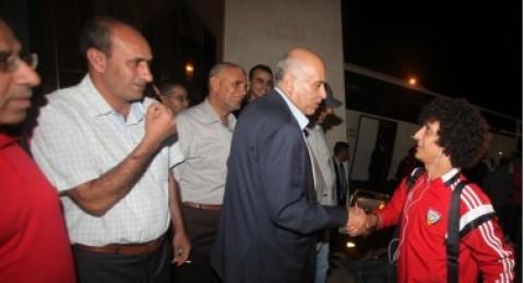 الرجوب يستقبل بعثة المنتخب الاماراتي في فلسطين