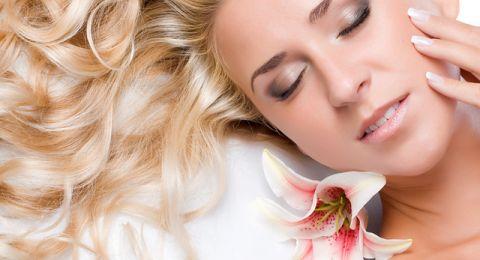 مواد طبيعية تساعد في تطويل الشعر
