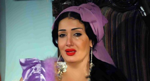 غادة عبد الرازق تتهم مخرج