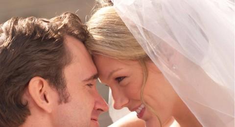 أكثر من نصف الأزواج البريطانيين لا يمارسون الجنس في ليلة الزفاف