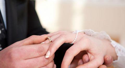 تكلفته 2 مليون دولار وأحياه مطربون لبنانيون.. حفل زفاف سوري يثير الجدل