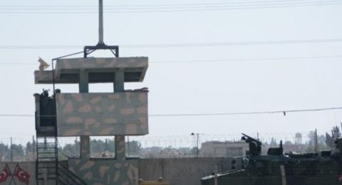 الجيش التركي يزيل الجدران العازلة تمهيدا للتوغل داخل سوريا