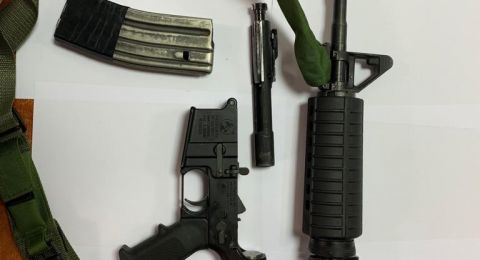 شبهة: اشترى سلاحاً في نابلس ونقله في سيارته مع زوجته وأطفاله الثلاثة