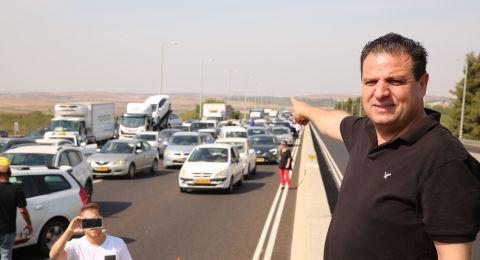 عودة: إغلاق أهم شارعين في إسرائيل هو صرخة الحياة لجماهيرنا