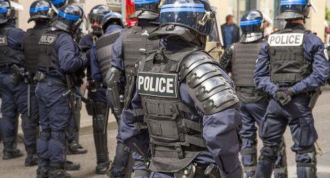 فرنسا ترفع درجات التحذير من هجمات إرهابية إلى