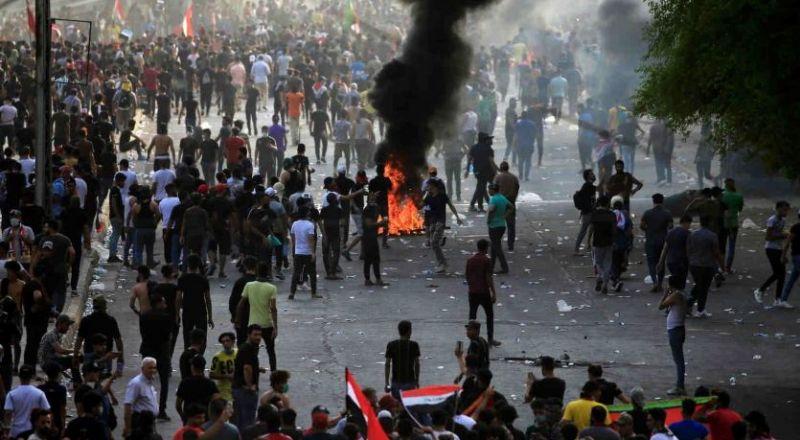 العراق.. مجلس الوزراء يصدر 17 قرارا لاحتواء الغضب