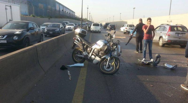 نحف: اصابة خطرة لفتاة بعد سقوطها عن دراجتها النارية