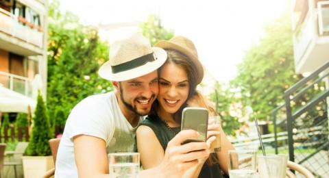 6 خطوات تُثير زوجكِ وتُقرّبه منكِ