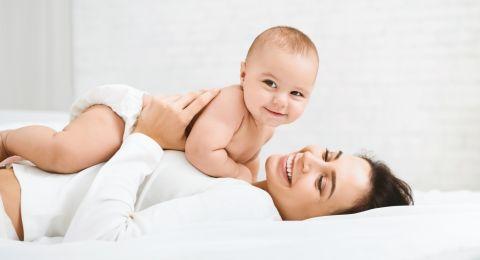 ما هي اهمية كثرة الرضاعة لحديثي الولادة؟