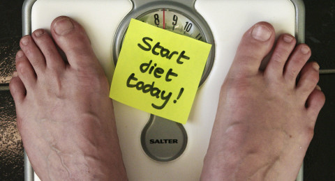 لهذا السبب يزيد وزنك في الشتاء ويتراجع في الصيف