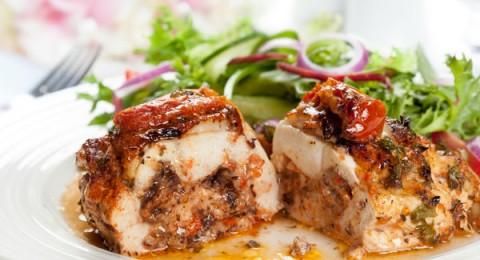 صدور الدجاج بحشوة المشروم الإيطالية من مطبخ