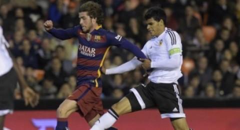 برشلونة يتأهل لنهائي كأس ملك إسبانيا بتعادله مع فالنسيا 1-1