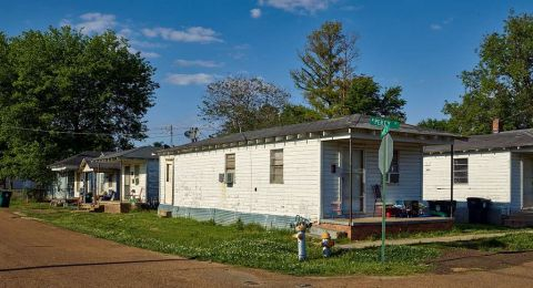 بلدة أمريكية تدفع 6 آلاف دولار لكل من يقرر الانتقال للعيش فيها