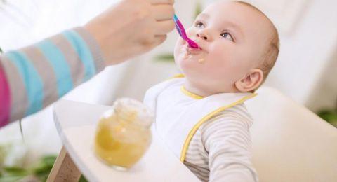 خبيرة تغذية: لا تطعموا أطفالكم منتجات الأرز المصنعة وعصائر الفاكهة