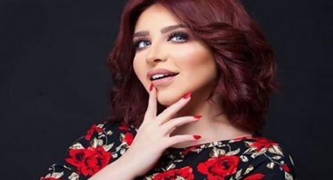 الفنانة السعودية حلا نورة تهاجم المحجبة والمنقبة