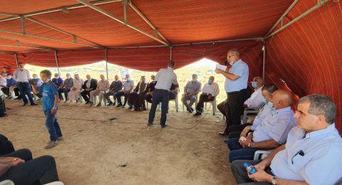 اجتماع واسع للمتابعة في النقب يدعو لسلسلة نشاطات كفاحية ضد مخططات التهجير