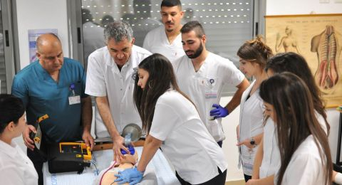 التسجيل لّلقب الأول وللسّنة التحضيريّة للعام الدراسي 2020-2021 في أوجه في مدرسة الناصرة الأكاديمية للتمريض