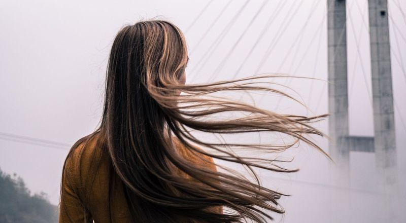 أفضل ماسك طبيعي لعلاج تساقط الشعر