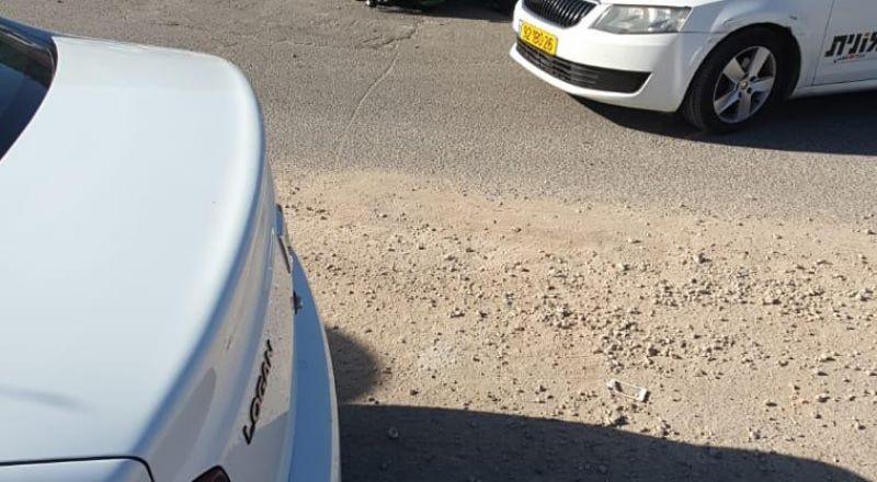 اكسال:انزلاق دراجة نارية واصابة سائقها بصورة خطيرة